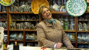 <p>Cerámicas V. Pascual de Alicante, la tienda de cerámica tradicional y herbolario más antigua de la ciudad, toda una exposición increíble que te dejará cautivado</p>