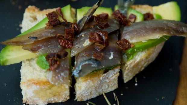 El Palé: ahumados caseros y tostas de autor. Restaurantes Alicante