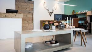 <p>Estudio Arze Alicante es un showroom de decoración de aires nórdicos que te encantará nada más entrar por su puerta. También especializados en arquitectura</p>