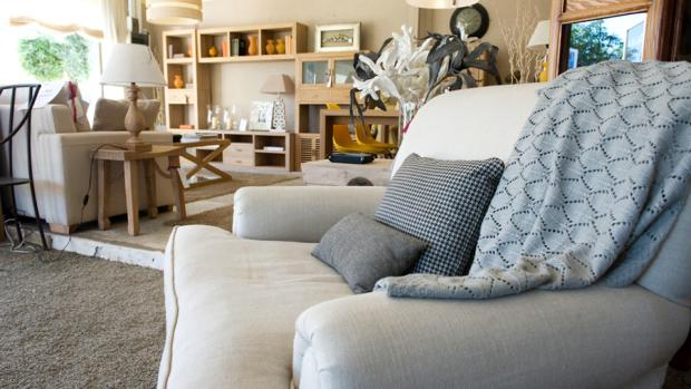La Luz Muebles de San Juan de Alicante, decoración y muebles únicos