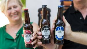 <p>Cerveza Artesana de Alicante Santa Faz, Santa Cruz y Santa Bárbara. Con recetas propias y componentes 100% naturales, cervezas fabricadas por alicantinos</p>