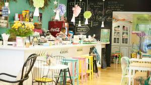 <p>Mandarina Garden es más que una ludoteca en el centro de Alicante. Talleres y actividades para mayores y niños, fiestas infantiles, cumpleaños</p>