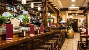 <p>La Taverna del Racó del Pla, gastronomía alicantina cercana y asequible. Producto de calidad tratado con mimo. Tapas innovadoras y arroces riquísimos</p>
