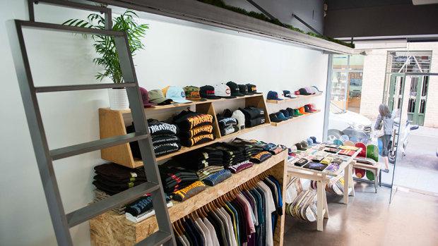Aime Moss, tienda de Skateboarding con moda urbana en Alicante