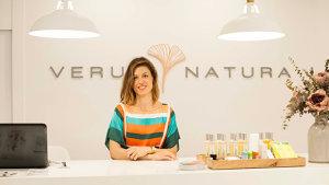 <p>Verum Natura es una tienda física y on line en la que puedes encontrar las mejores marcas de cosmética ecológica y natural, 100% libres de químicos</p>