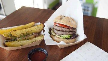 MoFit, el primer local de comida rápida saludable en Alicante