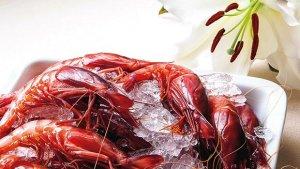 <p>Producto de calidad. Prueba su marisco fresco y arroces exquisitos. Todo esto y más en el restaurante Rosas, junto a la playa de Muchavista, Alicante.</p>