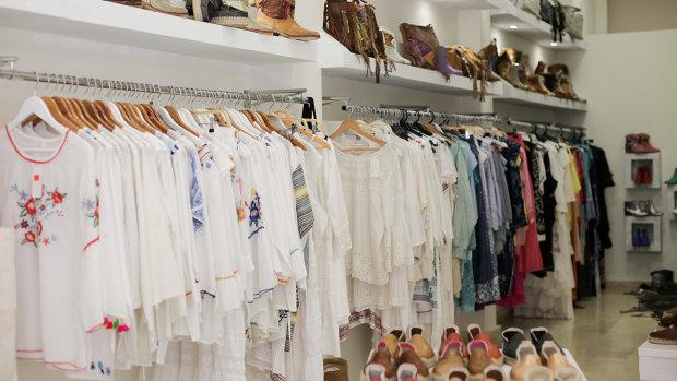 Summersophy moda y complementos de diseño en el centro de Alicante.