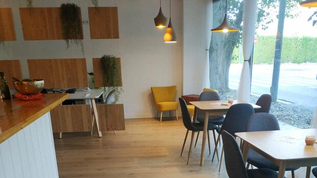 Banaras Alicante, restaurante vegetariano y agencia de viajes